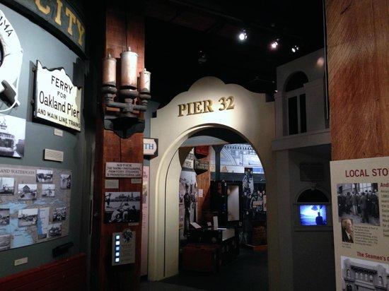San Francisco Maritime Museum/Aquatic Park Bathhouse Building : Excellent display