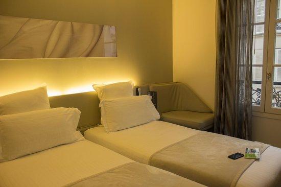 Hotel du Cadran Tour Eiffel: Habitación confortable
