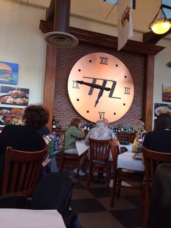 Milton's Deli Restaurant: Never forget what time it is here!