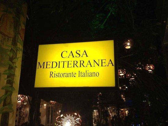Casa Mediterranea: Letrero restaurante