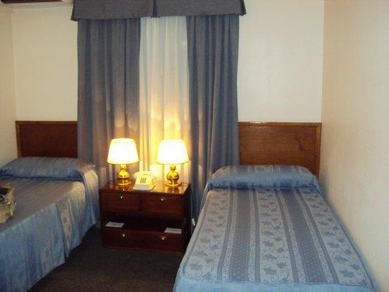 Hotel Centro Naval: Dormitorio acogedor