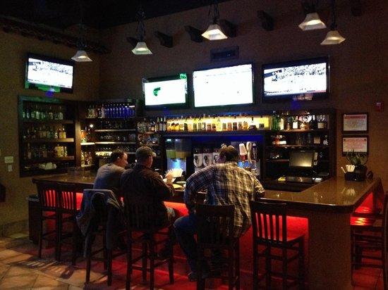 El Patio: Bar