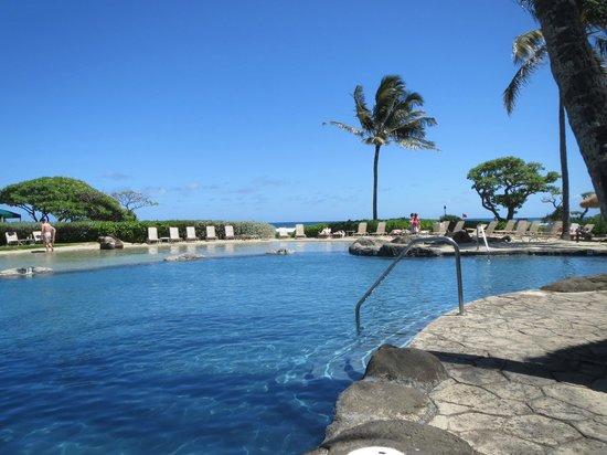 Kauai Beach Resort : Pool view