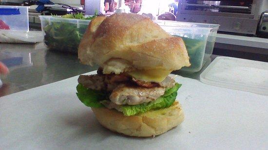 Sorell Cafe: Chicken Caesar Burger