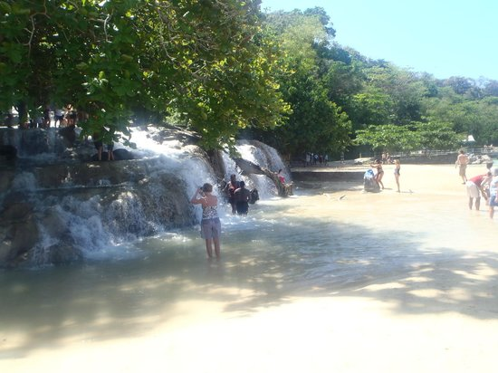 Dunn's River Falls and Park: Where the falls comes out onto the beach.  Amazing!