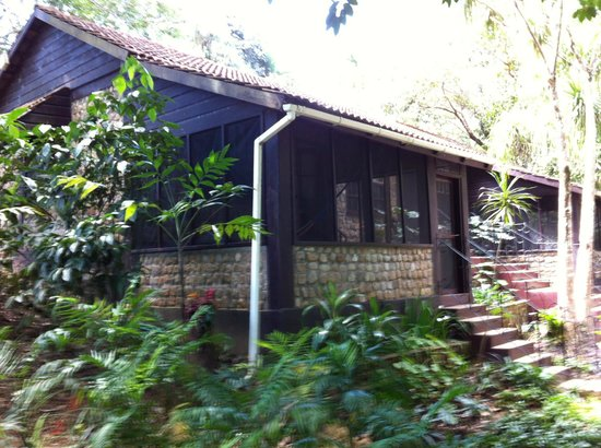 duPlooy's Jungle Lodge: Rooms with screen porches