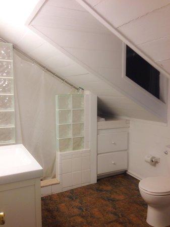 Villas Key West: Upstairs Bathroom