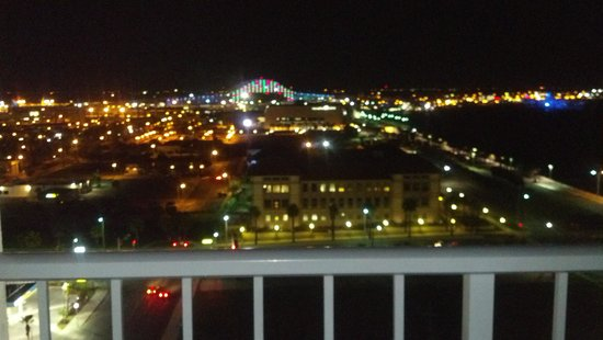 Omni Corpus Christi Hotel: Bridge highlighted the corpus night skies.