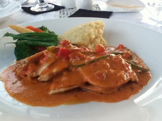 Mozzarella by the Sea at The Bandha Hotel & Suites : Chicken Milano