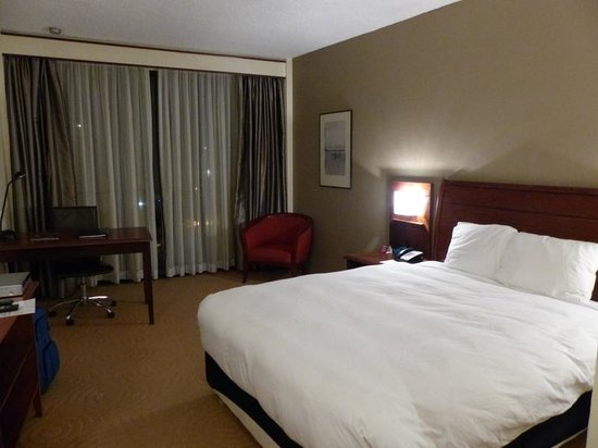 Crowne Plaza Port Moresby: Room