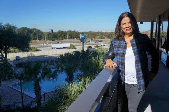 Rosen Inn at Pointe Orlando: Vista do corredor