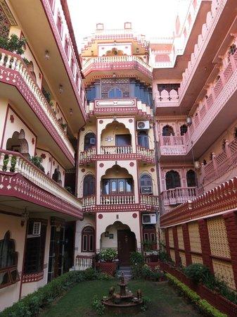 Umaid Bhawan Heritage House Hotel : Beautiful hotel