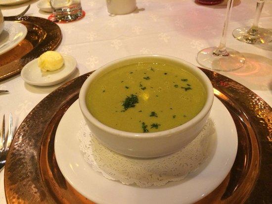 Restaurante Sir Winston Churchill's: Cream of poblano chile soup - delicious!