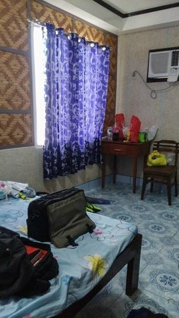 BCD's Place: Room