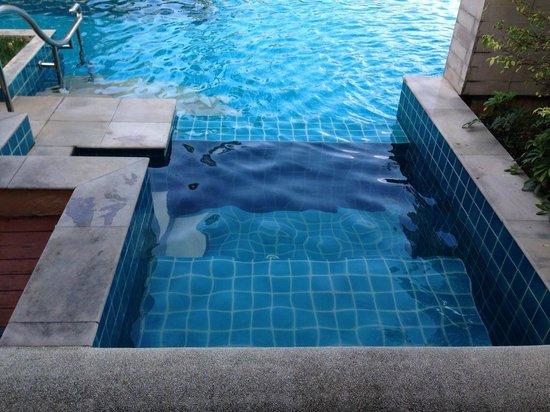 Millennium Resort Patong Phuket: Private Jacuzzi