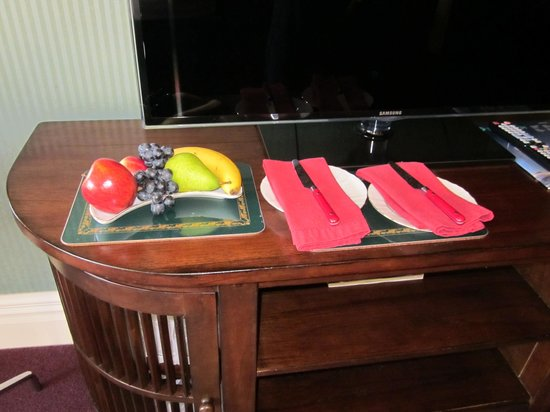 Fletcher Lodge: Welcome fruit plate