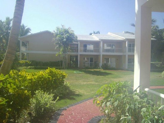 Grand Palladium Punta Cana Resort & Spa: Muy lindos los edificios