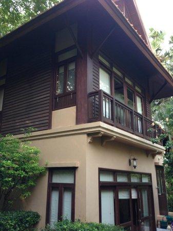 Rabbit Resort: My second floor bungalo