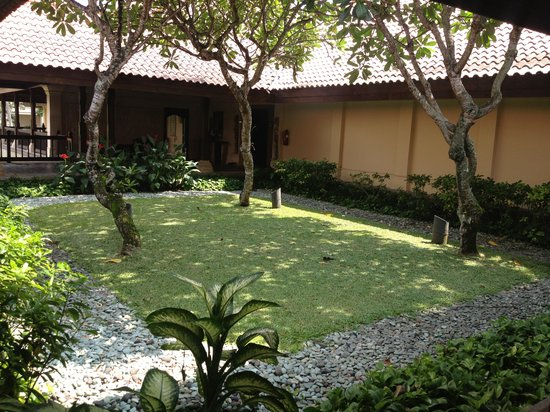 Pan Pacific Nirwana Bali Resort: Spa courtyard.