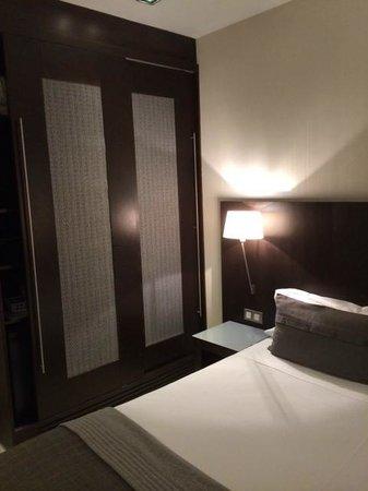 Hotel Actual: 411