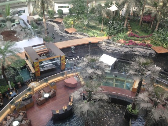 Sahara Star Hotel : view of the central open area