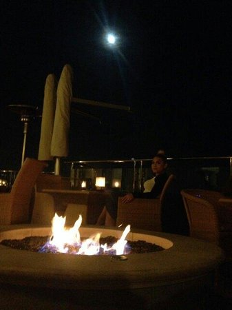 Carbon Beach Club Restaurant: I love this picture. 