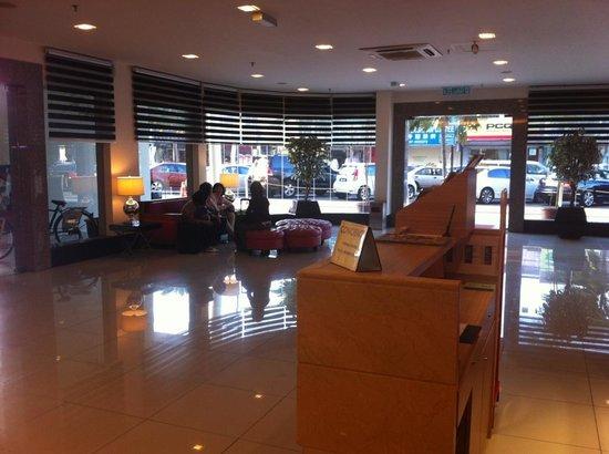 Grand Sentosa Hotel : the lobby