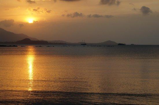 Tango Luxe Beach Villa : sun set