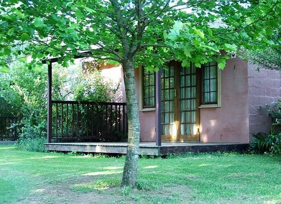 Little Paradise Guest Farm: Cottage