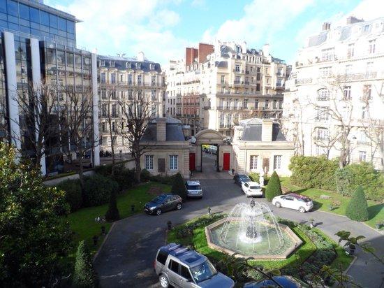 Saint James Paris - Relais et Châteaux : View from the room
