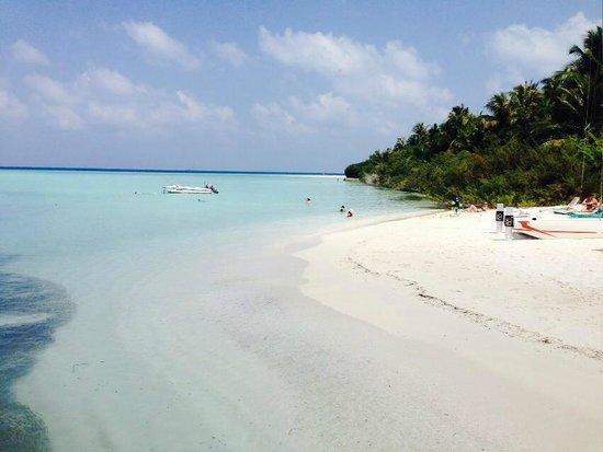 Embudu Village: relaxing place