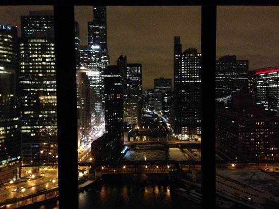 Holiday Inn Chicago Mart Plaza River North: Room view