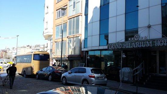 Grand Hilarium Hotel : It's location