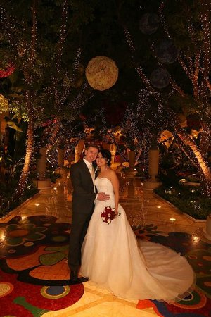 Scenic Las Vegas Weddings Chapel: Wynn Hotel