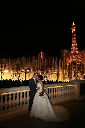 Scenic Las Vegas Weddings Chapel: Bellagio Fountains