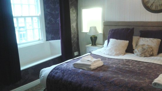 The Dalesman Country Inn: Bedroom 1