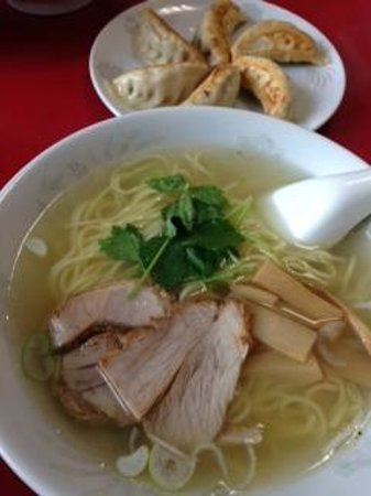 Seiryuken: 塩ラーメンと餃子
