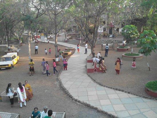 Chokhi Dhani: Choki Dhani view from one of the Machan there