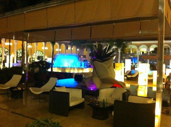 Gran Melia Palacio de Isora Resort & Spa: cour interne