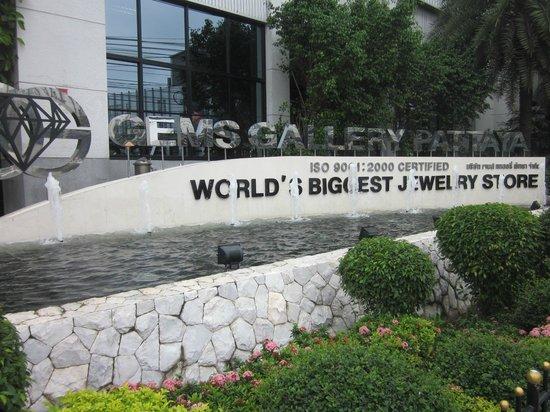 Gems Gallery Pattaya: Gem Factory