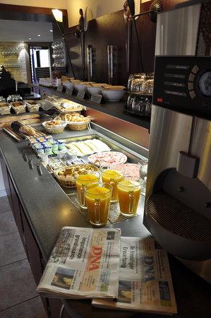 Le Relais du Ried Hotel - Restaurant et Spa : buffet petit déjeuner