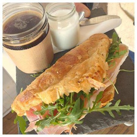 The Jam Jar: Delicious ham, cheese and rocket croissant