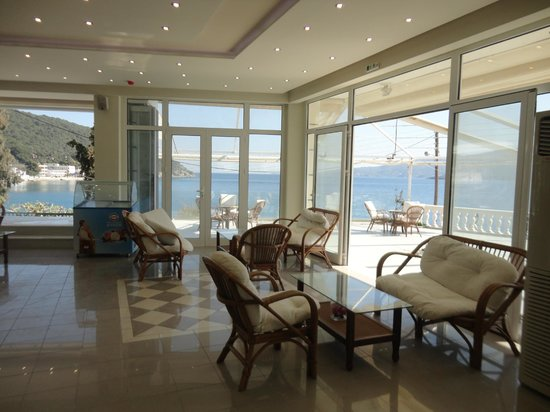 New Aegli Resort Hotel: Great beautiful changes in the entrance of the hotel