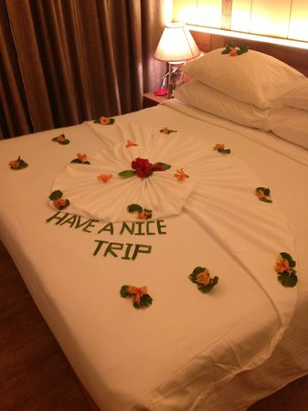 Phi Phi Island Village Beach Resort : A farewell message from housekeeping