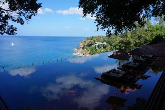 Paresa Resort Phuket : The public infinity Pool