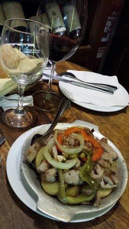 Alfaia Garrafeira: Paulo suggest us this dish, delicious!