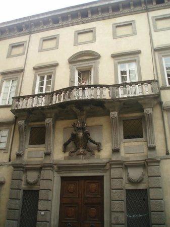 Palazzo Tucci : Facciata