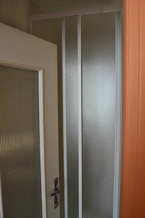 Hotel Saint Gothard: bagno- doccia