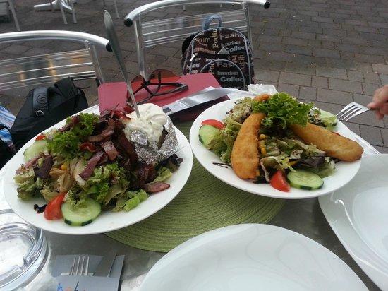Minimundus: Еда в ресторане при парке