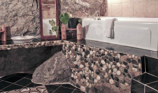 RafJam's Bed & Breakfast : bathroom